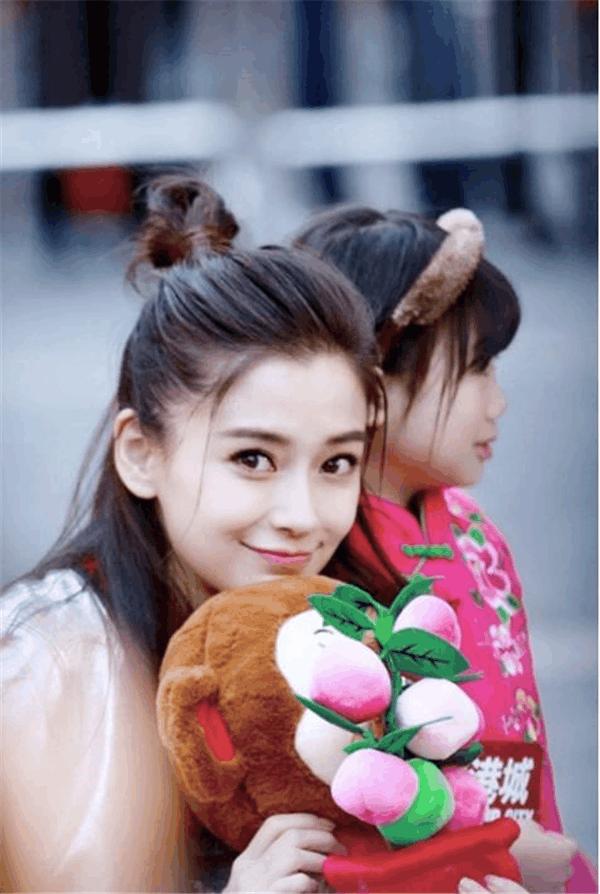 同样的丸子头 郑爽活力, 赵丽颖呆萌, 刘亦菲帅气, 马苏癫狂, 只有她