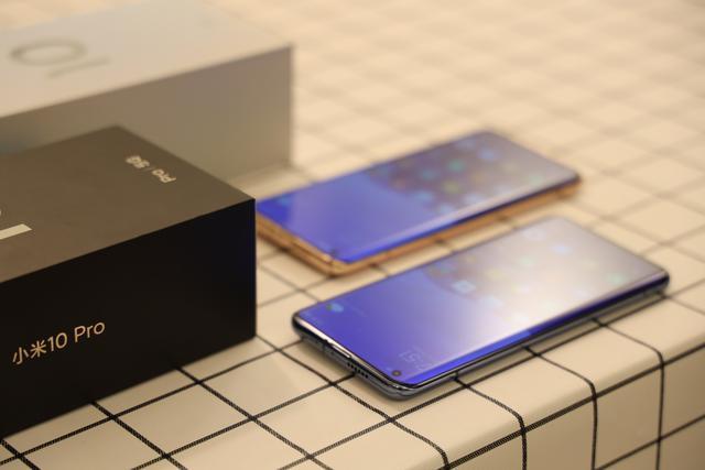 一加手机的系统UI也有着密不可分的关系,Pro配置就基本上是今年流行值得买的
