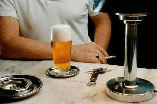 强直健康讲堂: 强直性脊柱炎是否可以饮酒呢