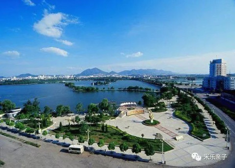 安徽铜陵凤凰山风景区位于铜陵的东南方向,是铜陵最具特色的景区.