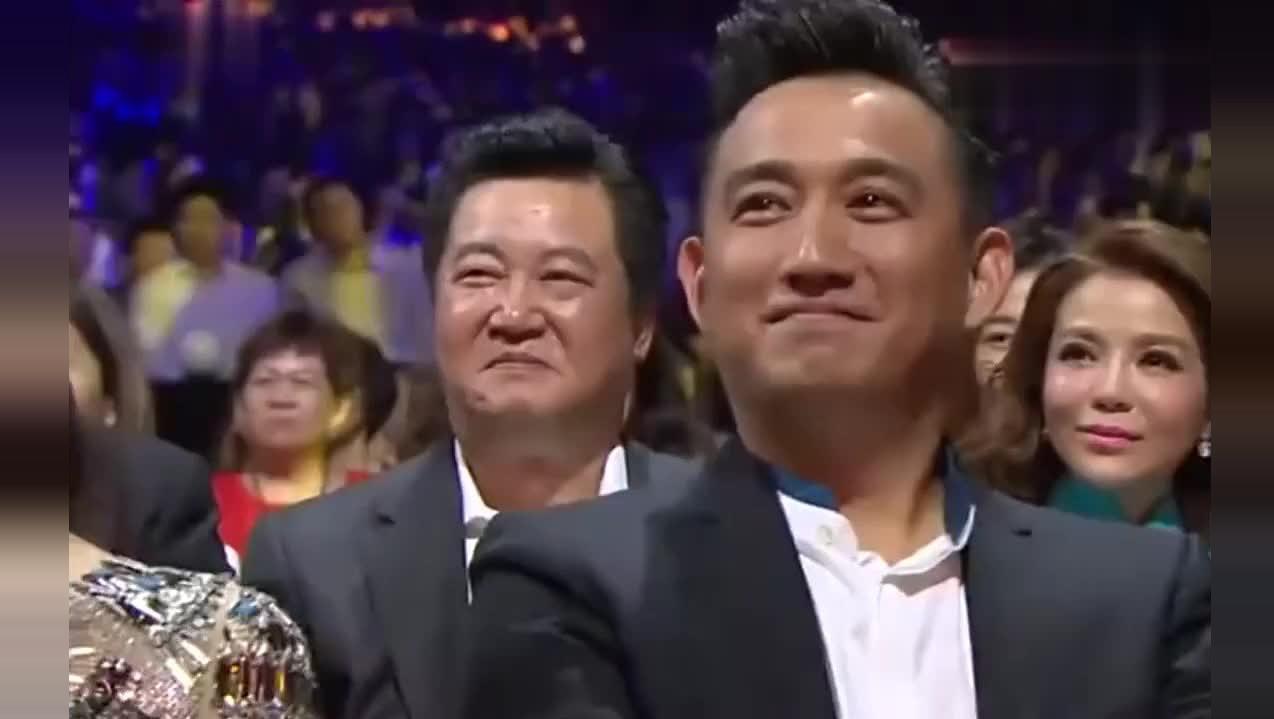 """经典回顾: 敢叫板黄磊的只有""""他""""了,全场明星大笑!"""