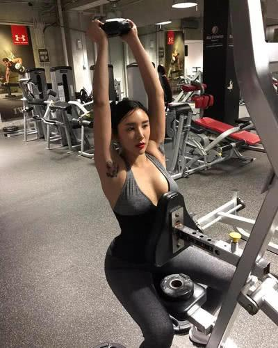 韩国最性感的健身教练, 33岁的女神, 却拥有20岁的身体