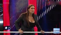 打老板连人家女儿也不放过!WWE罗曼大帝这次后悔也没有用啦