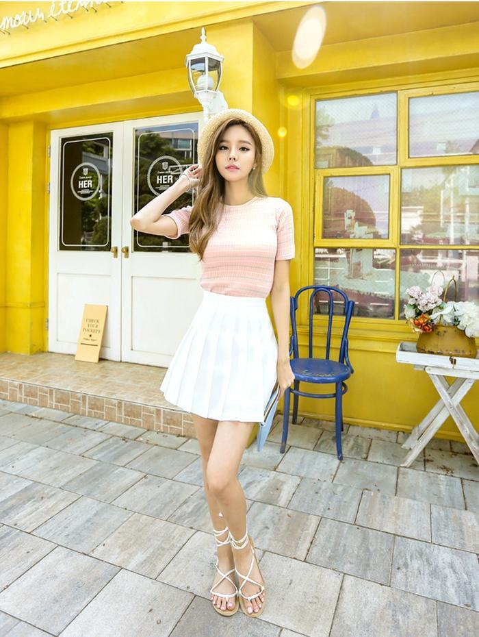 时尚短裙凸显出满满典雅魅力, 浪漫时尚! 3
