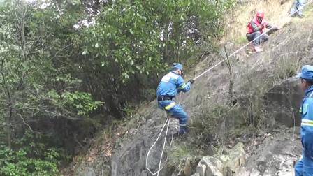 抚州 东乡——蓝豹救援队联合山地救援演练