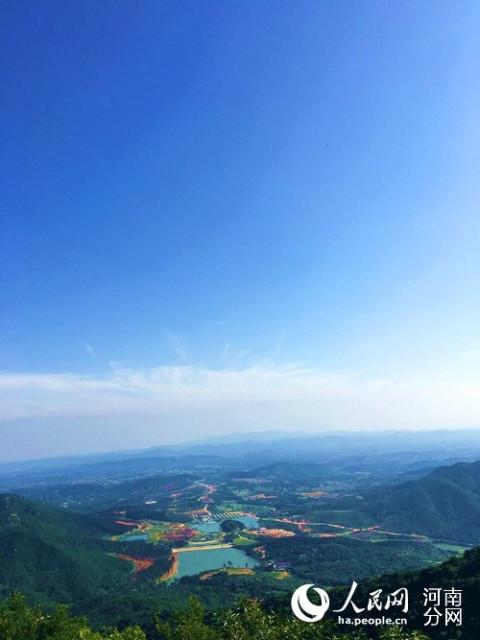老乐山风景区被农业部,国家旅游局认定为全国休闲农业与乡村旅游示范