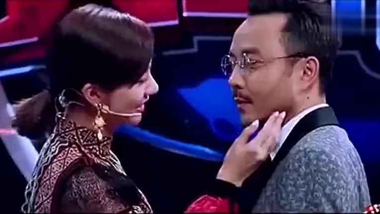 火星情报局,钱枫的心碎一地,郭雪芙含情脉脉地捧着汪涵的脸