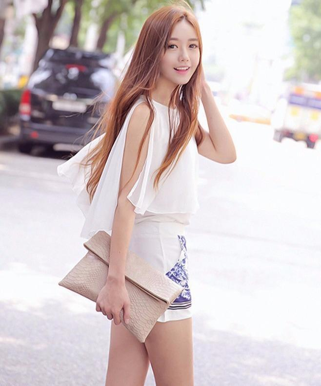半身裙裙型_夏季穿搭热裤和半身裙, 凸显腰线打造迷人腿型!