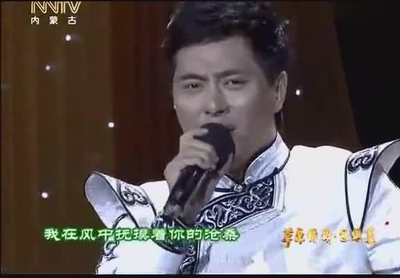 一个有爱心 有正义的好歌手 唱的每首歌都那么动听 棒棒哒