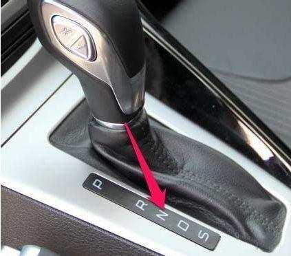 自动挡汽车停车的正确方法, 很多老司机都做错了