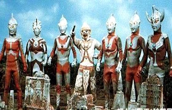 怪兽哥莫拉最倒霉的一次, 七个奥特曼和一头怪兽围殴!