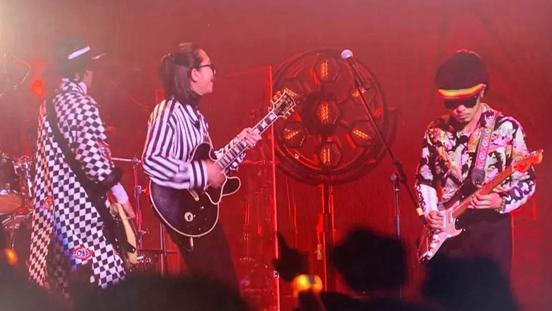 《乐队的夏天》:《SongF》经典的一首歌,加上达达乐队的稳定发挥