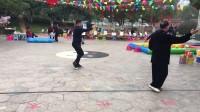 杨乃景: 颜贻府: 杨介孟于2018年新春第四天在港公园晨练42式太极拳。