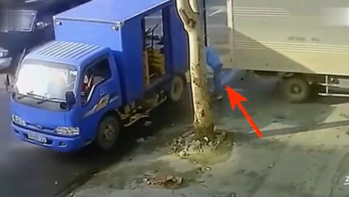 挂车,卸货倒车一次入位!