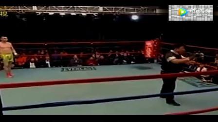 一腿KO美国拳王,太精彩了!不愧是王洪祥!