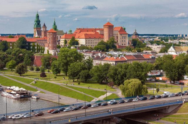 刚从波兰回来, 告诉你一个真实的波兰, 可能和你想的不一样