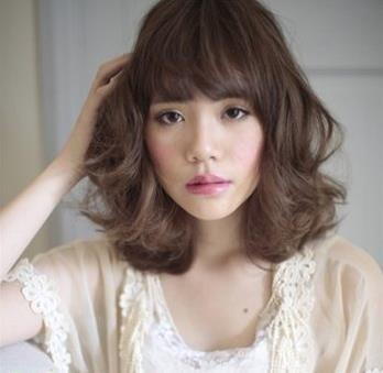 五款适合长椭圆型女生的短发发型 时尚甜美超可爱