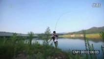 钓鱼达人水库实战钓鱼,溪流竿接连狂拉18斤大鲤鱼