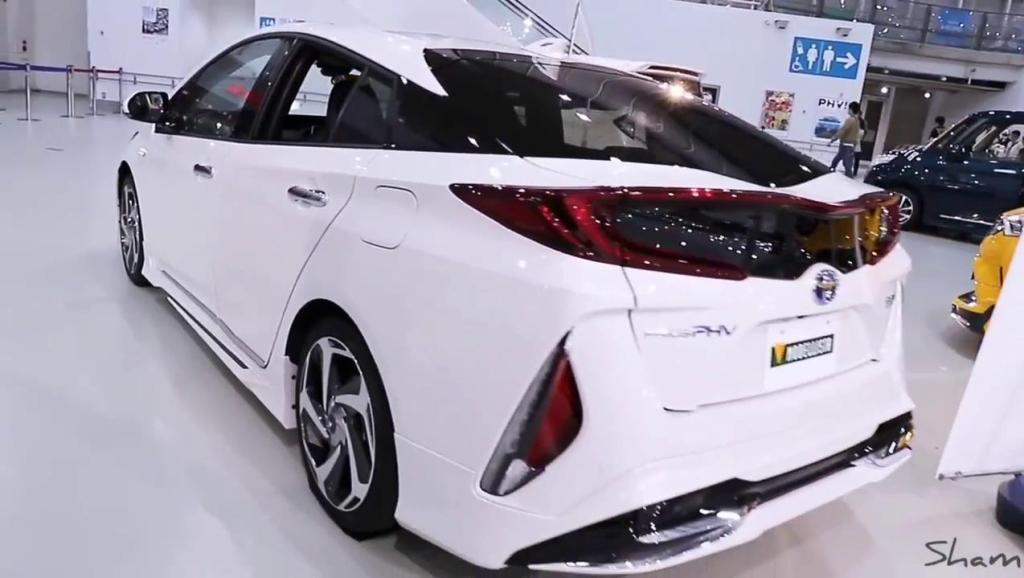 打开 打开 2018款普拉多,普锐斯,丰田chr新车实拍 打开 丰田普锐斯