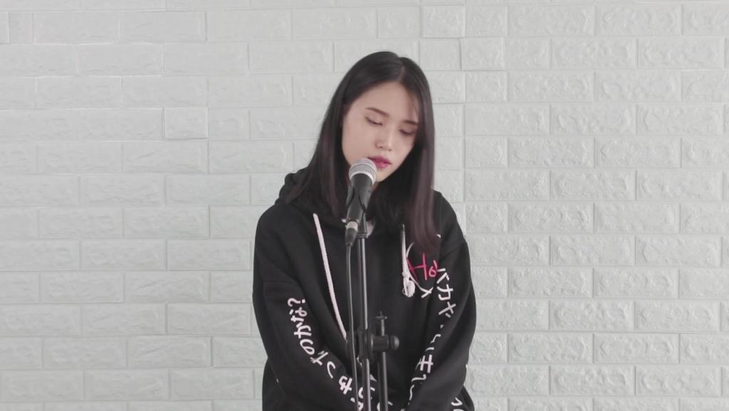 美女翻唱王菲的经典歌曲,感觉比原唱更有怀念感!