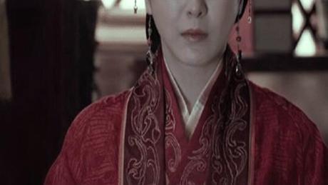 出道12年不温不火,《琅琊榜》没把她捧红,却靠着姚晨助理走红