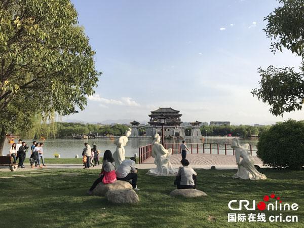 这座绿树成荫的都城是中国陕西省的省会.无论过去还是今天,这座