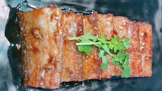 过年了!年夜饭的必备菜,红烧带鱼拿走不谢