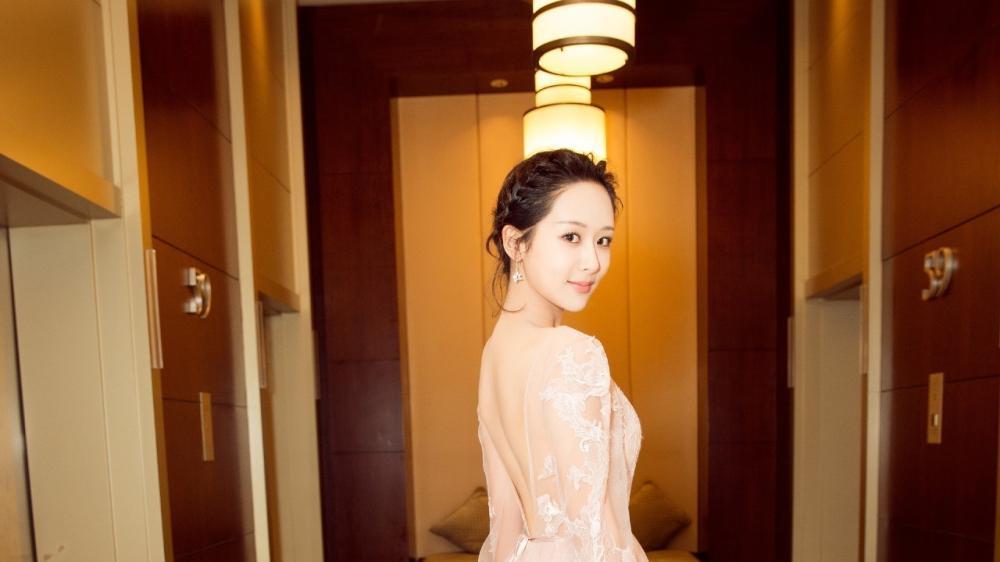 2019杨紫再次霸屏, 她会不会成为下一届金鹰女神