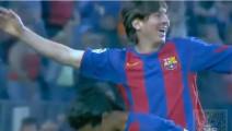 在足球界,梅西只承认小罗是自己的老大