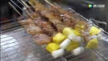 韩国济州岛街头的烤黑牛肉串