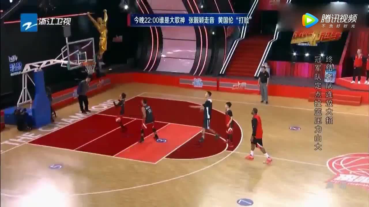 好精彩!篮球少年吴尊欧豪,和易建联麦迪打球,圆梦了