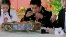 陈赫热巴俩吃货同桌食量惊人吃一大锅海鲜 才勉强三分饱