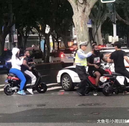 哈登在上海街头违规骑行电动自行车, 疑似被交警扣押车辆(图2)