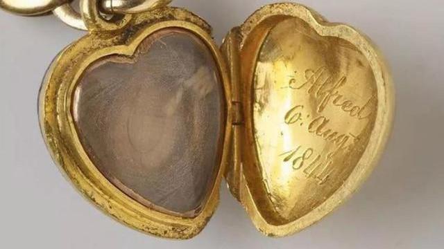 瑰丽多姿古董首饰, 展现不一样的时光, 细品精粹的珠宝故事很传奇