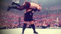 WWE5/恶魔凯恩欲爆发压制大秀哥 不料竟被戏耍