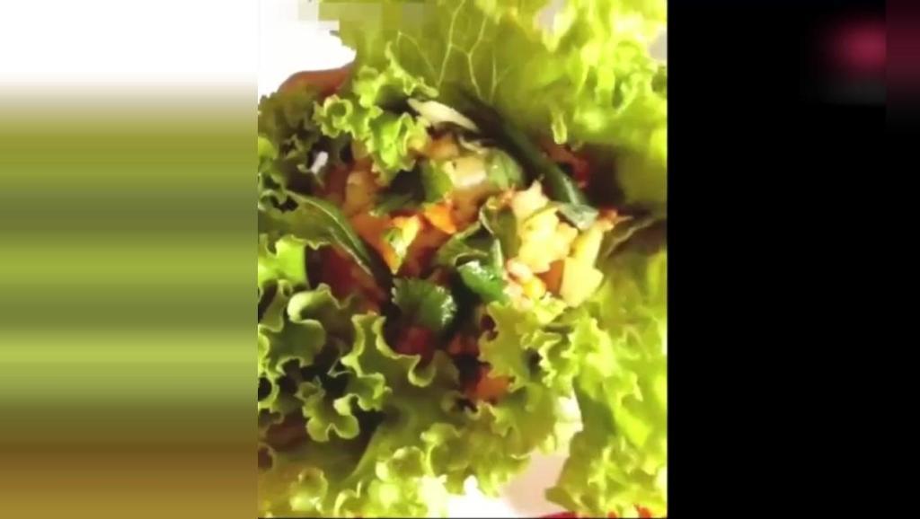 美食: 界奇葩——菜包饭