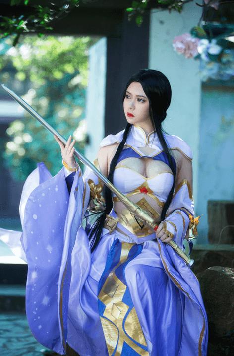 王者荣耀: 女神cosplay-露娜紫霞仙子皮肤