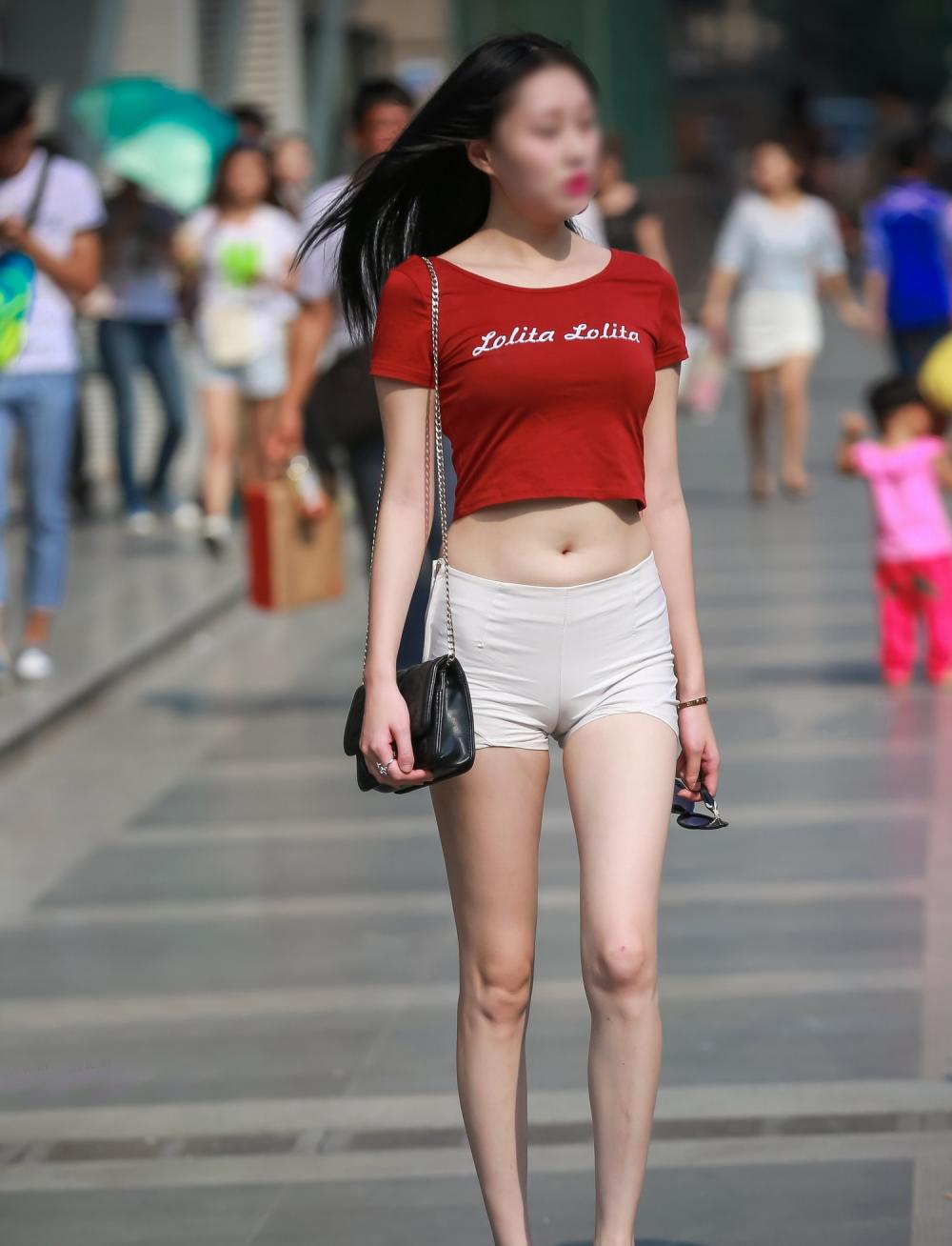 简约短裤, 妹子穿出时尚感