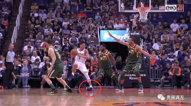 布克脚踝90度扭曲离场! 居然有一群粉丝叫好, 请滚粗NBA好吗!(图2)