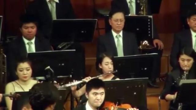 《梁祝》交响乐,小提琴一响,瞬间泪目了