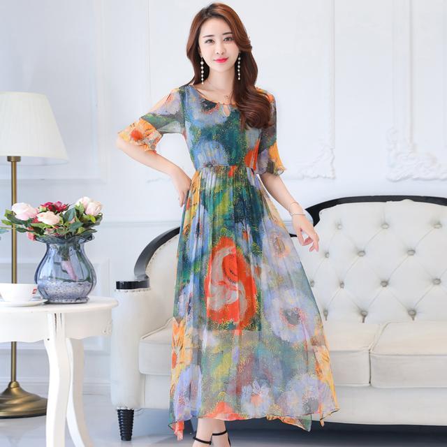 这八款连衣裙专为40岁的女人设计的, 修身显瘦, 展现高雅气质 2