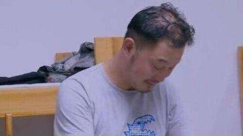 .是超人 被吐槽秃顶的沙溢头发浓密了图片 956