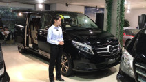【环球商务房车网】超豪华MPV 奔驰V260L商务房车 视频实拍