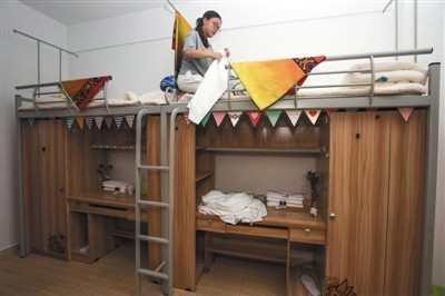 其实早在2015年的时候,云南大理大学就开始将推出暑期闲置宿舍改造为