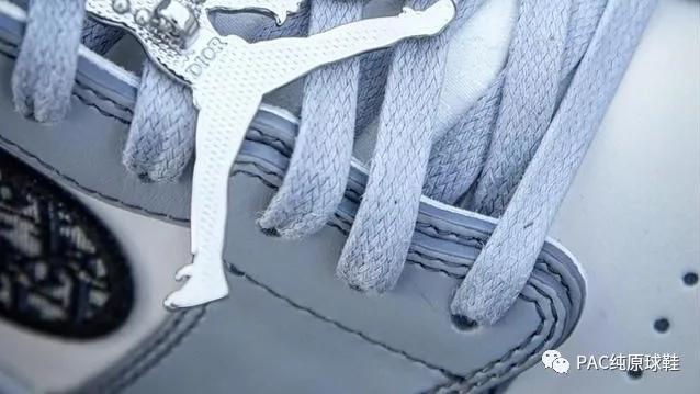 """市价10万的天价球鞋, Dior x AJ1坐拥""""年度鞋王""""称号"""