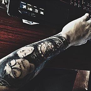 勿忘初心英文纹身图案