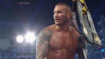 WWE凯恩竟和兰迪同流合污,不料被罗曼大帝双杀!