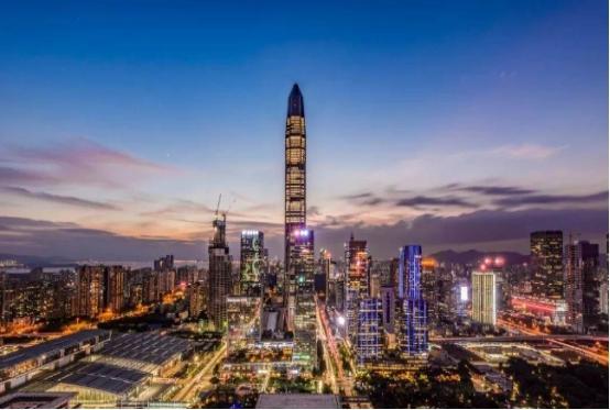 这个城市抢占先机, 成为中国首个GDP超9万亿的省份, 赶超澳大利亚
