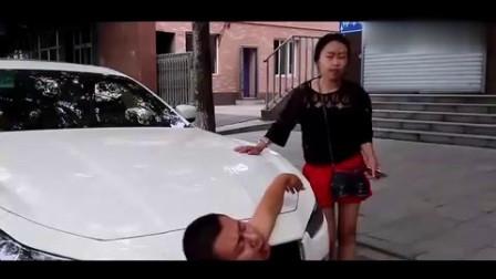 美女开玛莎拉蒂遇碰瓷,太霸气了!