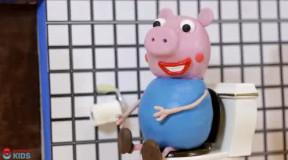 橡皮泥动画: 小猪佩奇给宝宝喝马桶水生病, 佩奇开可乐喝太困难